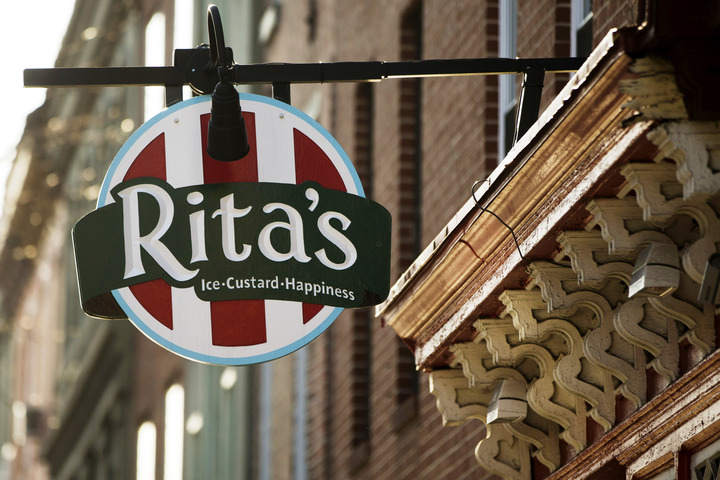 With over 600 restaurants across the country, you're sure to find Ritas Italian Ice locations near you.