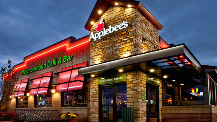 With over 2,000 restaurants across the world, you're sure to find an Applebees location near you.