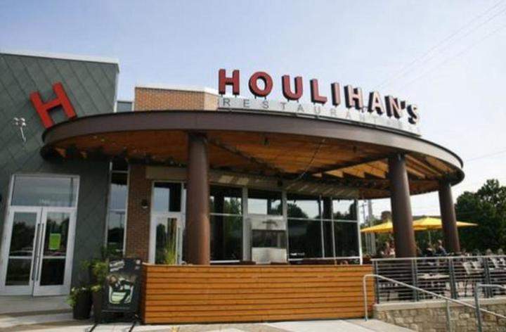 With over 60 restaurants across the country, you're sure to find Anthonys Coal Fired Pizza locations near you.
